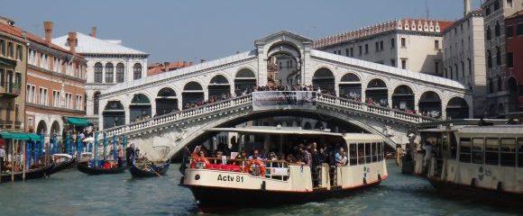 Venedig: Stadt über dem Wasser