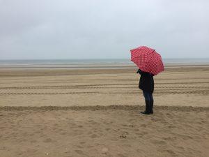 Belgien Strand Regenschirm
