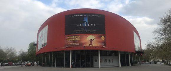 Duisburg: Von Theater und Auferstehung